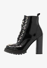Jeffrey Campbell - KICKSTAND - Kotníková obuv na vysokém podpatku - black - 1