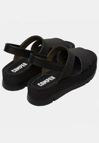 Camper - ORUGA UP - Sandalias de senderismo - black - 3