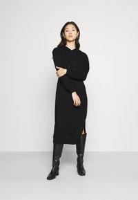 Vero Moda - VMPEACHY CALF - Robe d'été - black - 0