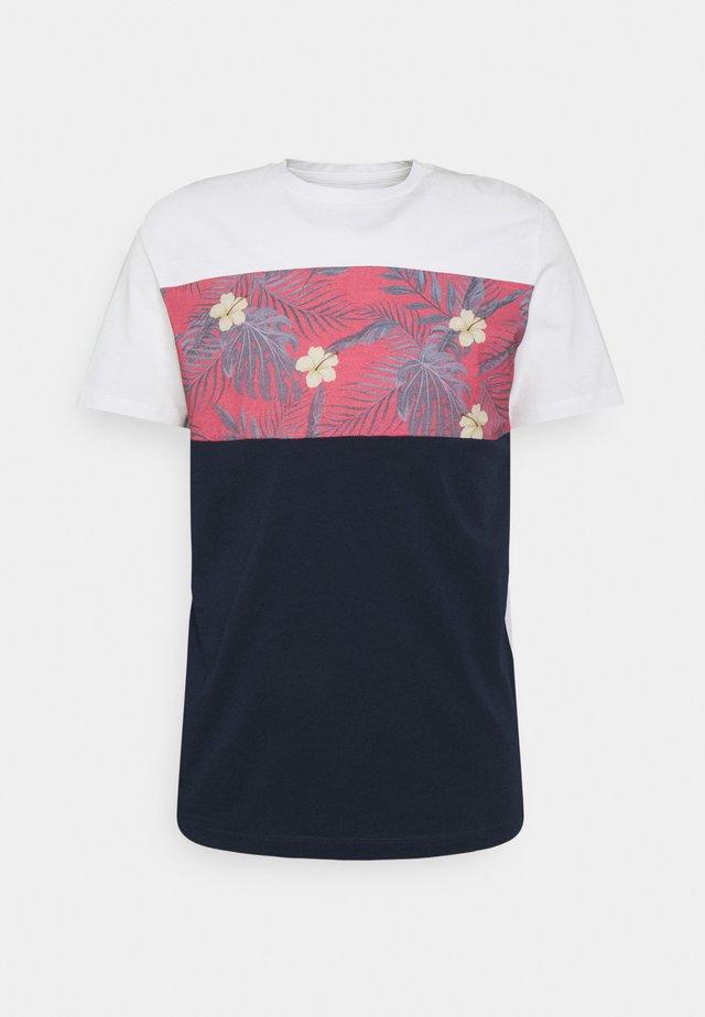 JORTENDER TEE CREW NECK - Print T-shirt - navy blazer