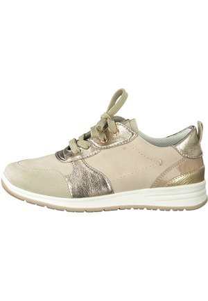 Trainers - rose comb