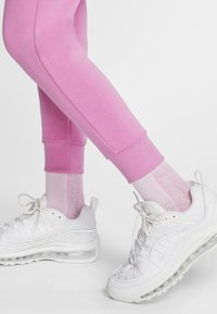 Nike Sportswear - Trainingsbroek - magic flamingo/white - 4