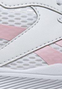Reebok - SPRINTER  - Chaussures de running neutres - white - 9