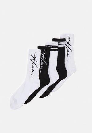 LOGO CREW  5 PACK - Socks - black/white