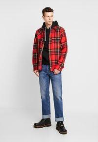 Diesel - LARKEE - Straight leg jeans - 0096E01 - 1