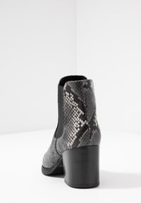Peter Kaiser - CAROL - Ankle boots - carbon - 5