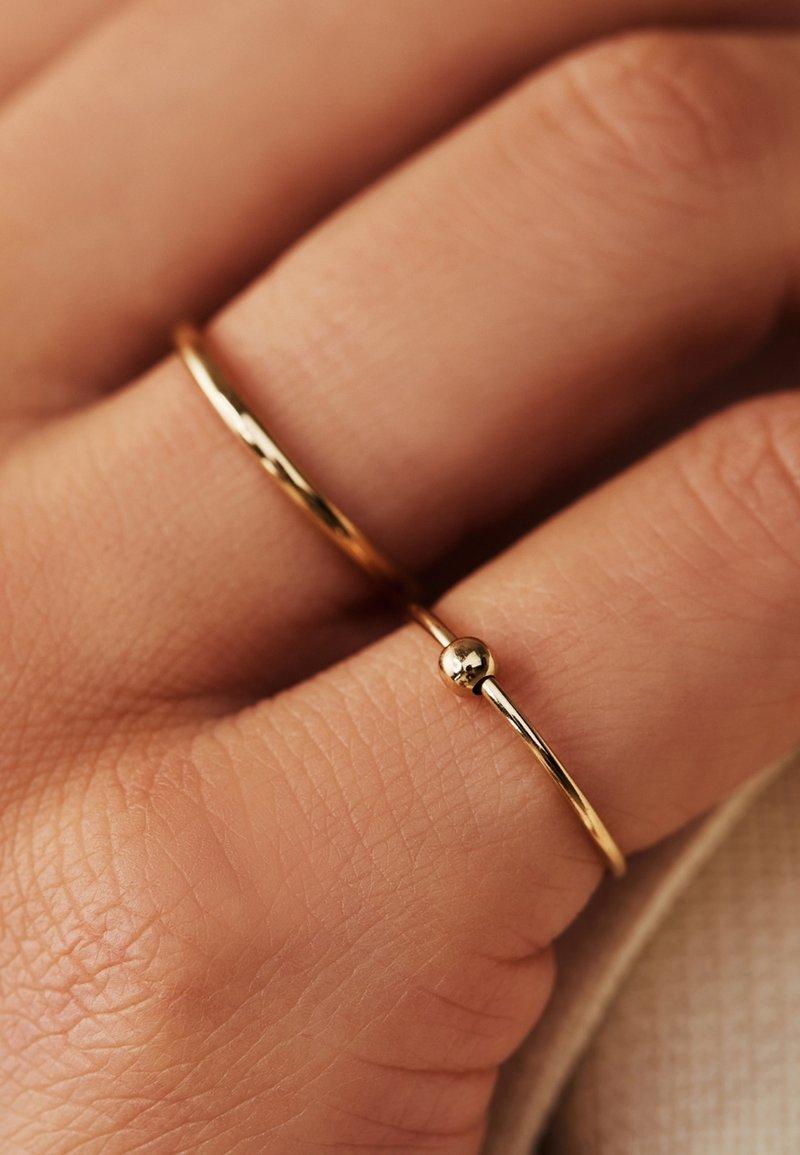 Isabel Bernard - Ring - gold