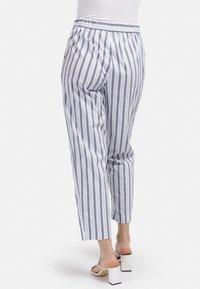 HELMIDGE - GUMMIBUND - Trousers - weiss - 1