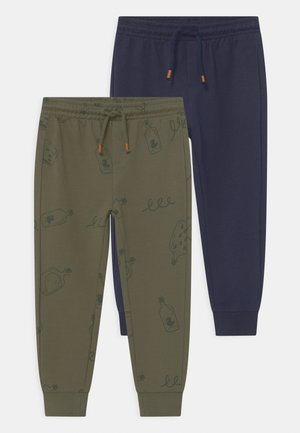 2 PACK - Tracksuit bottoms - deep lichen green