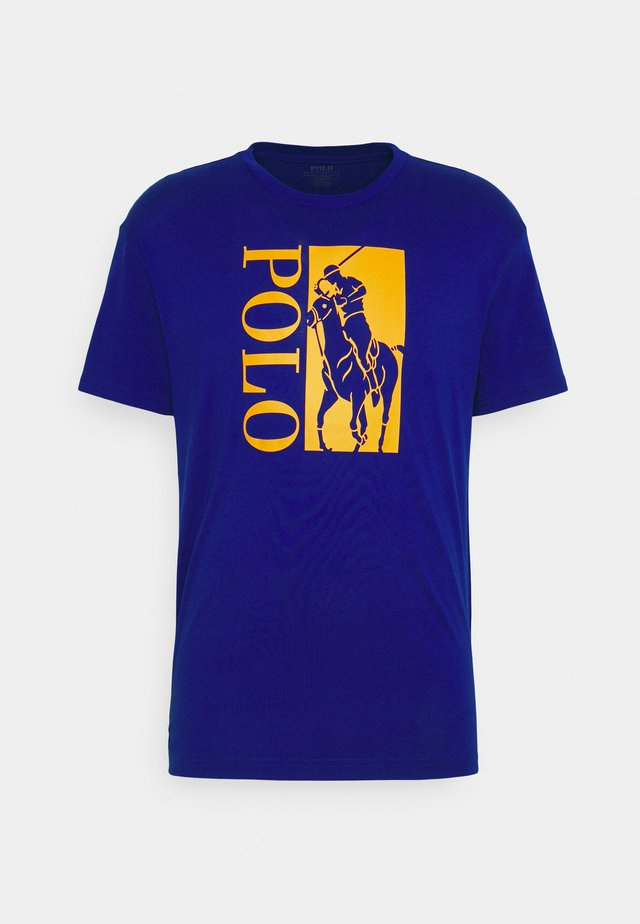 T-Shirt print - heritage royal
