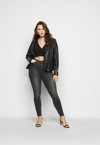 Pieces Curve - PCJIANNA CROPPED - Long sleeved top - black - 1