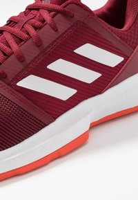 adidas Performance - COURTJAM BOUNCE CLAY - Clay court tennis shoes - collegiate burgundy/footwear white/active orange - 5