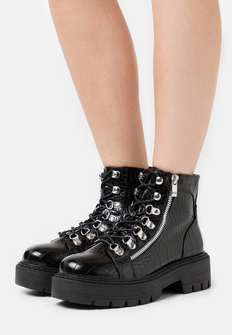 Glamorous Wide Fit - Lace-up ankle boots - black