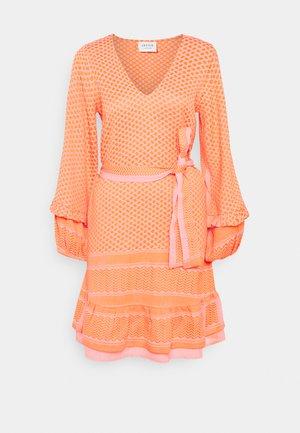 LIV - Day dress - flush
