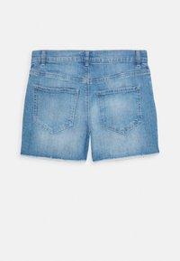 OshKosh - GIRLS TEENS - Szorty jeansowe - denim - 1
