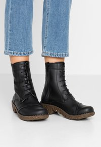 El Naturalista - YGGDRASIL - Lace-up ankle boots - black - 0