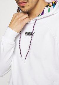 Puma - HOODIE - Sweatshirt - white - 4