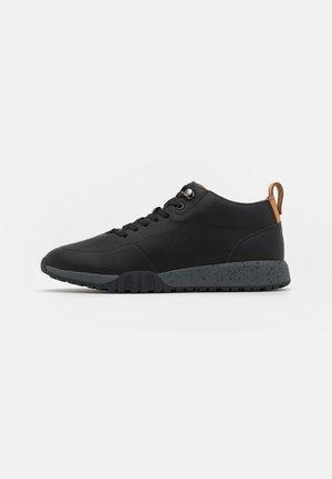 HUDDEN - Sneakersy niskie - black