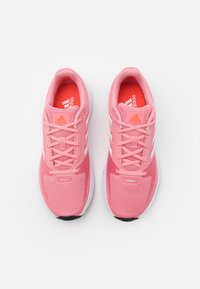 adidas Performance - RUNFALCON 2.0 - Obuwie do biegania treningowe - super pop/footwear white/solar red - 3