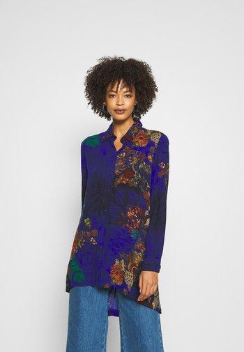TAMESIS - Button-down blouse - azul niza