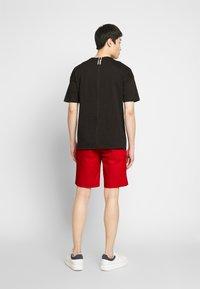 Bugatti - Shorts - red - 2