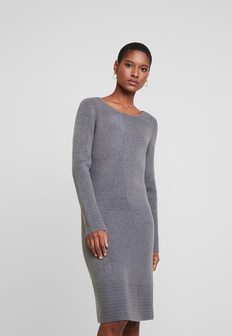 TOM TAILOR - DRESS - Pletené šaty - anthracite melange