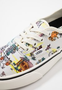 Vans - AUTHENTIC - Trainers - classic white/marshmallow - 6