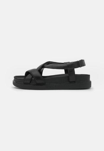 ERIN - Sandały na platformie - black