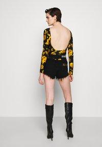 Versace Jeans Couture - Pitkähihainen paita - black - 2