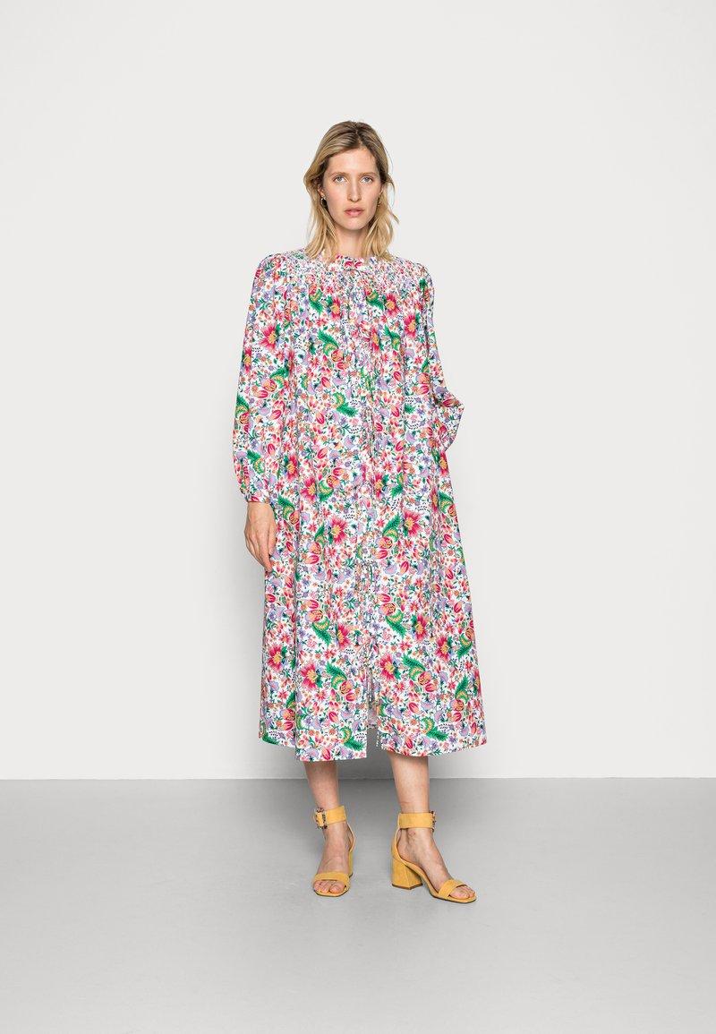 Résumé - GRADY DRESS - Shirt dress - dark coral