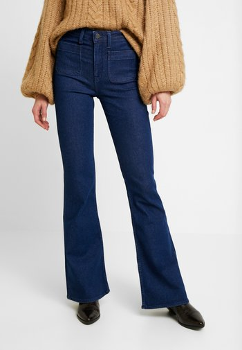 Flared Jeans - clean say