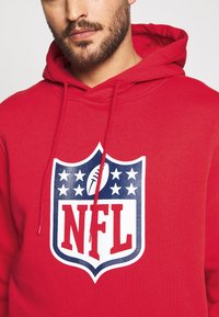 Fanatics - NFL ICONIC SECONDARY LOGO GRAPHIC HOODIE - Bluza z kapturem - uni red - 4