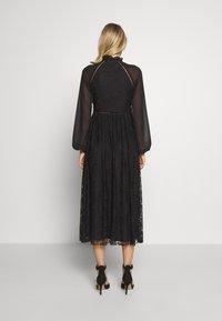 Trendyol - SIYAH - Koktejlové šaty/ šaty na párty - black - 2