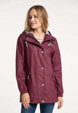 Waterproof jacket - bordeaux