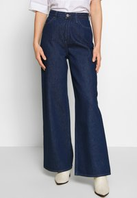 Lee - STELLA A LINE - Flared Jeans - rinse - 0