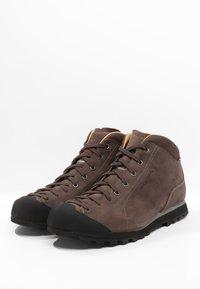 Scarpa - MOJITO BASIC GTX - Scarpa da hiking - brown - 2