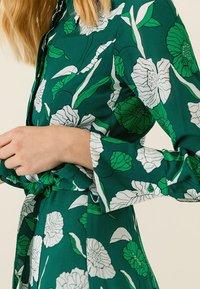 IVY & OAK - Maxi dress - evergreen - 4