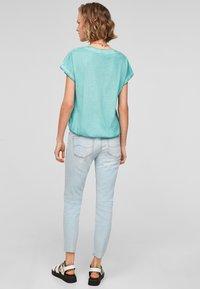 Q/S designed by - Basic T-shirt - turquoise - 2