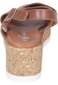 Piazza - Wedge sandals - cognac - 2