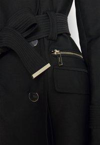 Morgan - GIZA - Trenchcoat - noir - 5