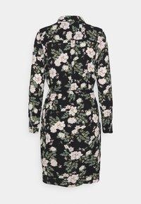 Vero Moda - VMSAGA COLLAR SHIRT DRESS  - Paitamekko - black/fannie - 1