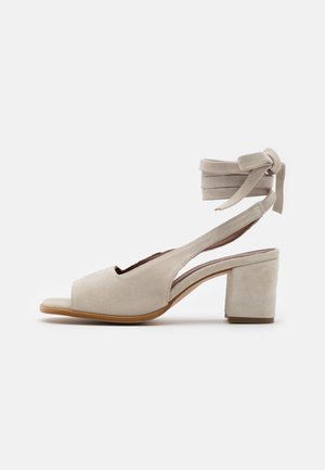 LILLE PEARL - Sandals - light grey