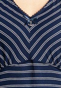 Vive Maria - Print T-shirt - blau allover - 4