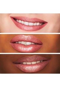 MAC - SATIN LIPSTICK - Lipstick - faux - 1