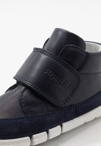 Superfit - FLEXY - Baby shoes - blau - 2