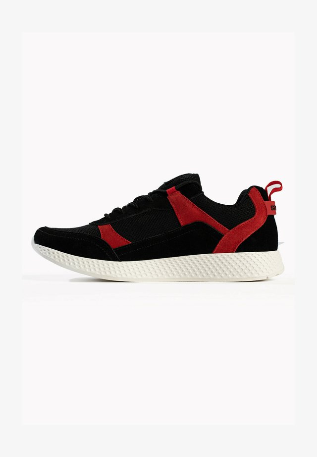BASKETS AXELL  - Sneakersy niskie - red