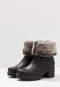 Panama Jack - PIOLA - Kotníkové boty - black - 4