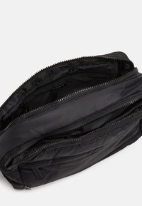 DAY ET - PUFFY SPORT SQUARE - Across body bag - black - 2