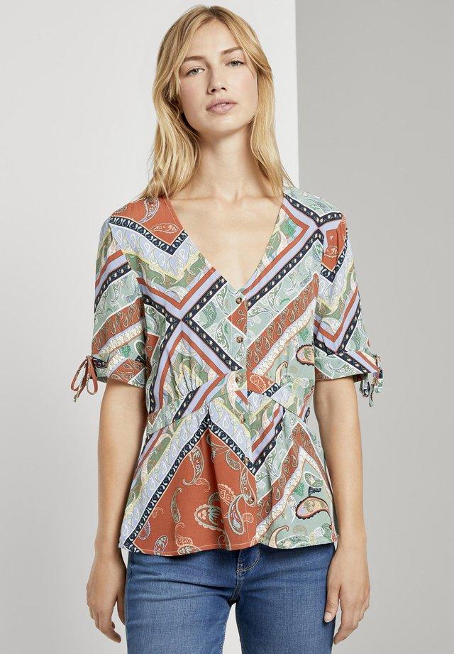 Bluzka - patchwork paisley print