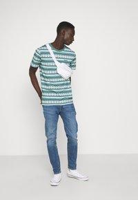 Levi's® - 512™ SLIM TAPER - Slim fit jeans - corfu how blue - 1